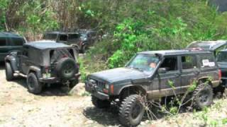 preview picture of video '4x4 Alex - Guayabal Abril 30 2011'