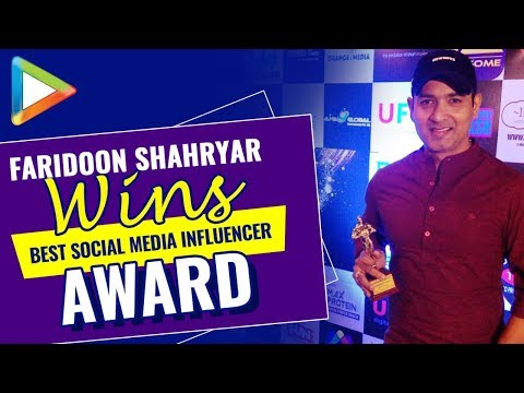 Faridoon Shahryar awarded as Best Social Media Influencer at 3rd Expandables Awards