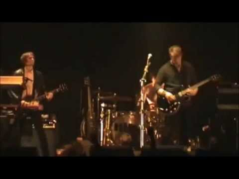 Queens Of The Stone Age- River In The Road (Sub. Esp) [HD]