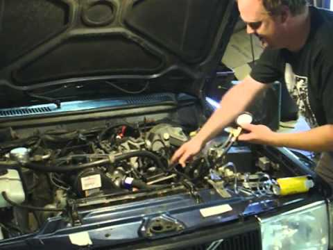 Volvo 240 Fuel Pressure Test