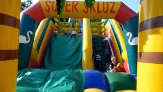 Přehrát VIDEO - Skákací hrad se skluzavkou Super skluz