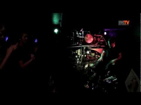 """XIU XIU """"Hi"""" (Klub 007 Strahov, Praha, 11.11.2012)"""