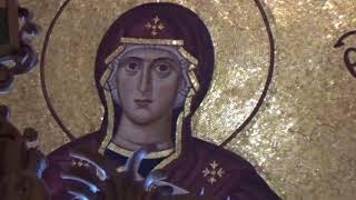 Грчка-острво Егина-срби у храму Светог Нектарија - свеца који највише исцељује рак !!!