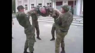Смотреть онлайн Подборка драк в российской армии