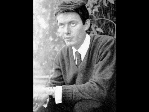 , title : 'Fabrizio De Andrè - La Domenica Delle Salme'