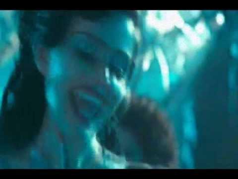 Vampira Alien By Nicosuave A/K/A Vampira Alien. Directed By Niaccm Rotciv.