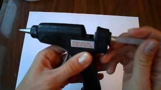Как пользоваться клеевым пистолетом?