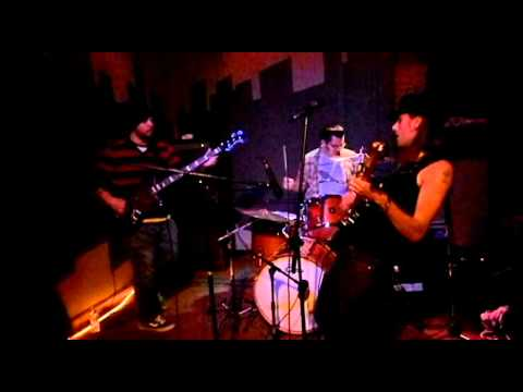 "Taylor Bays and the Laser Rays - ""Be Healthy"" LIVE 12/15/12"