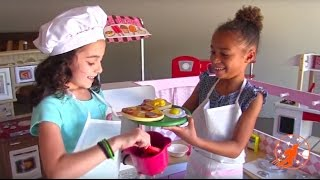 Kidcraft Toy Kitchens -  Kids Pretend Play Cooking with Toy Food