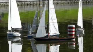 preview picture of video 'Kaliningrad 2013 - mistrovství světa Naviga lodních maket NS: Plachetnice NSS'