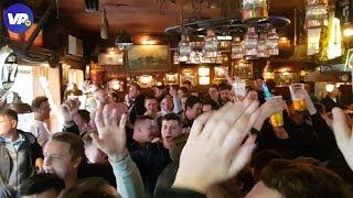 """Spurs-fans nemen Amsterdamse kroeg over: """"We houden van Ajax!"""""""
