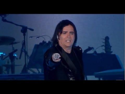 Renato Zero - Amico - Sei Zero 2010 (Live - Video Ufficiale w/lyrics)
