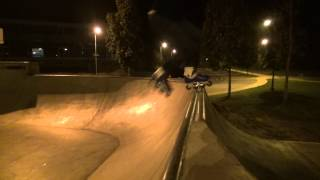 preview picture of video 'Freestyle slalom, slides and skatepark in Night Opava'