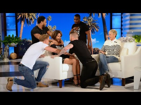 , title : 'Halle Berry Gets a 'Magic' Surprise from Co-Star Channing Tatum'