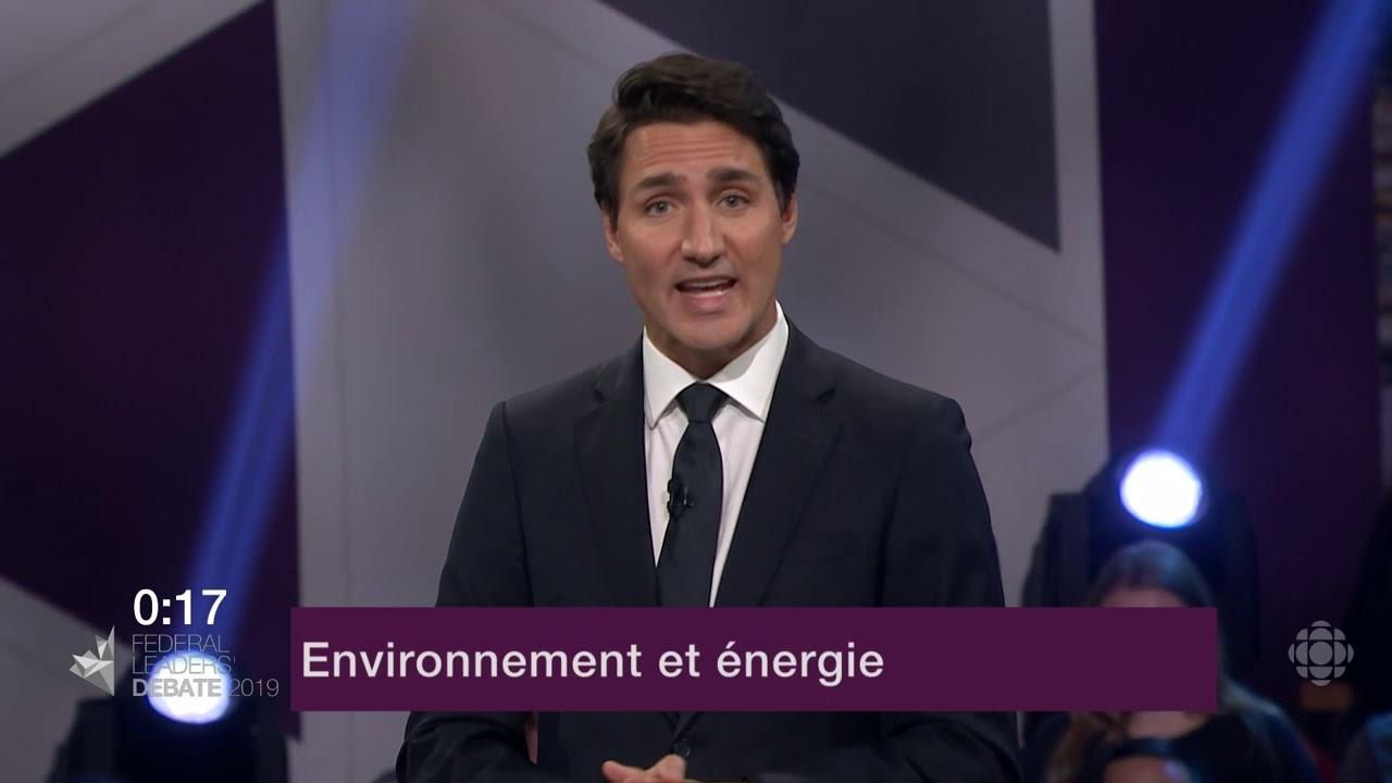 Justin Trudeau répond à une question du modérateur sur les oléoducs et le changement climatique