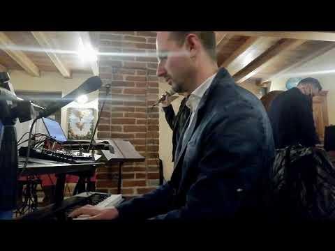 Emil Pianoman Duo Pianista,Dj e Cantante Torino Musiqua