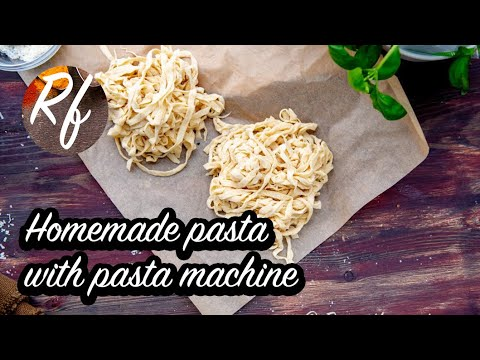 How to make pastadough and use a pasta machine to make different kinds of pasta for raviolis, tagliatelle, capellini, lasagna and tortellonis. >