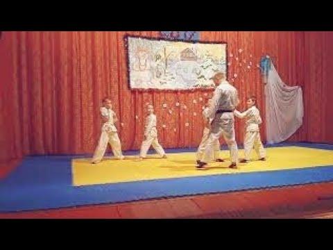Мої змагання по карате дзютсу 8 кю.  Нажаль програв(