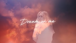 Ella Henderson x Roger Sanchez – Dream On Me