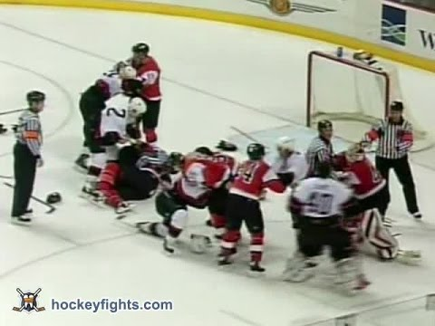 Donald Brashear vs. Rob Ray
