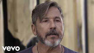 Ricardo Montaner   Un Hombre Normal (Official Video)