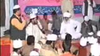preview picture of video 'Taj Dare Chora Sharif Peer Syed Ejaz Hussain in Muzaffar Pur Sialkot. (04-12-11) Part 2/9'