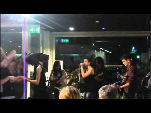 The Dreamers - Shark's Bite @ Luxury Lounge 19 - 05 - 2012