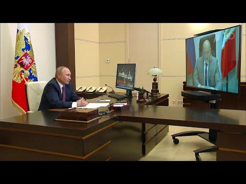 Как обстоят дела в Севастополе, В.Путину доложил временно исполняющий обязанности губернатора.