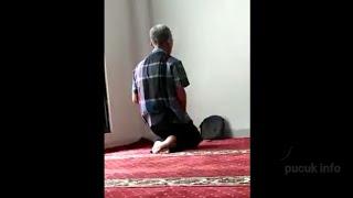 Beredar !!! Sholat Aneh Di Masjid Mulai Banyak Bermunculan