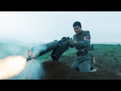 日军血洗村庄,热血男儿一架重机枪,立刻让日军横尸遍地!《凤梧洞战斗》