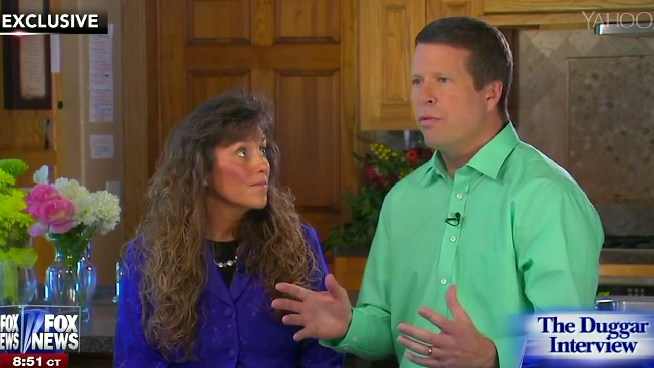 Duggars Defend Their Son On Molestation Charges thumbnail