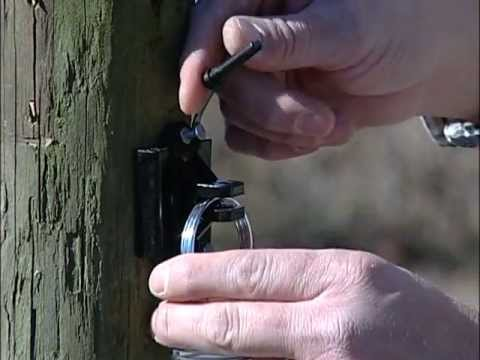 5 Mile DC Electric Fence Energizer video thumbnail