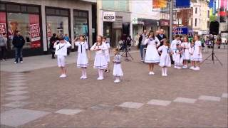 'So Long, Farewell' by cast of Sound of Music, Folkestone
