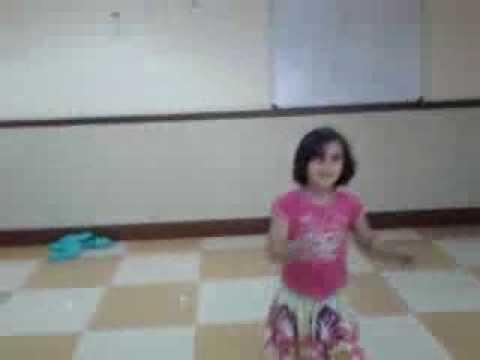 Ek tho teen dance (Trisha)