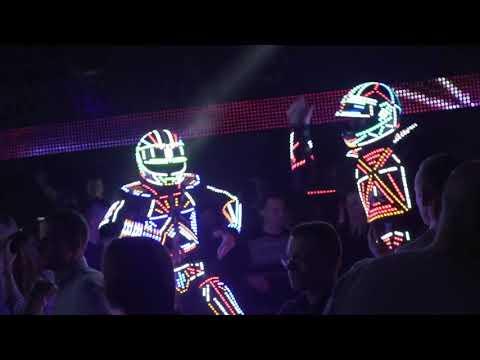 Відео Роботи гіганти  1