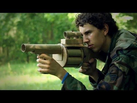 Phim hành động với súng bằng giấy, như thật