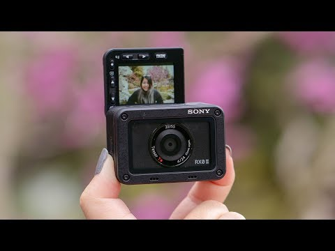 What's New, Sony RX0 II?! | The Tiniest VLOGGING Camera!!