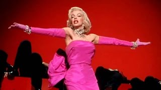 Diamonds are a girl's best friend ~ Marilyn Monroe (Gentlemen prefere blondes, 1953)