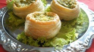 Слоеные волованы с плавленым сыром. Рецепт