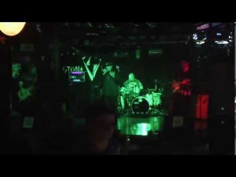 """Stone Viper performing Alanis Morissette's """"You Oughta Know"""" (cover)"""
