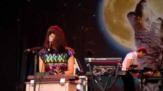 Bat for lashes Prescilla Live Glastonbury 2009.avi