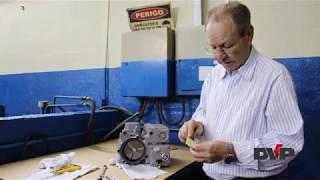 Como trocar as palhetas de um bomba de vácuo lubrificada a óleo