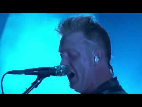 Queens of the Stone Age - Feet Don't Fail Me (Live Main Square Festival, France 2018)