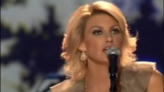 Faith Hill - What child is this