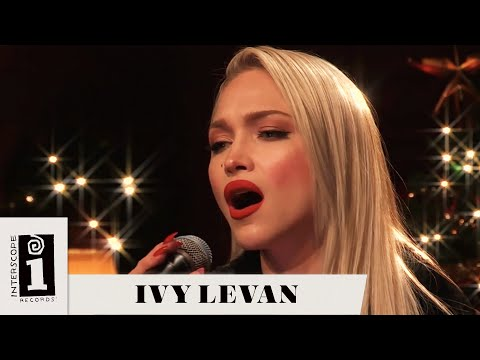 "Ivy Levan | ""O Christmas Tree"" (Cover) 