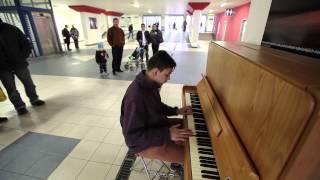 Video Piáno v Ústí nad Labem-Nikolas Pabian