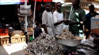 preview picture of video 'Kariakoo Market in Dar es Salaam, Tanzania'