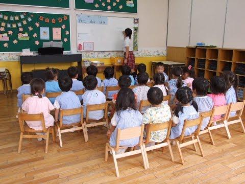 140909福岡県・久留米あかつき幼稚園「園舎内の様子」