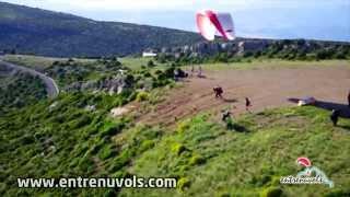 preview picture of video 'Bateig de vol amb parapent a Àger'
