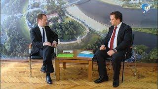 Премьер-министр РФ Дмитрий Медведев провел рабочую встречу с Андреем Никитиным